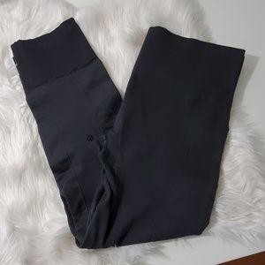lululemon athletica Pants - Lululemon athletica hi-rise cropped leggings